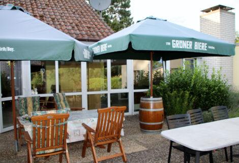 """Ein neuer """"Sonnenschirmständer"""" für unsere Terrasse…"""